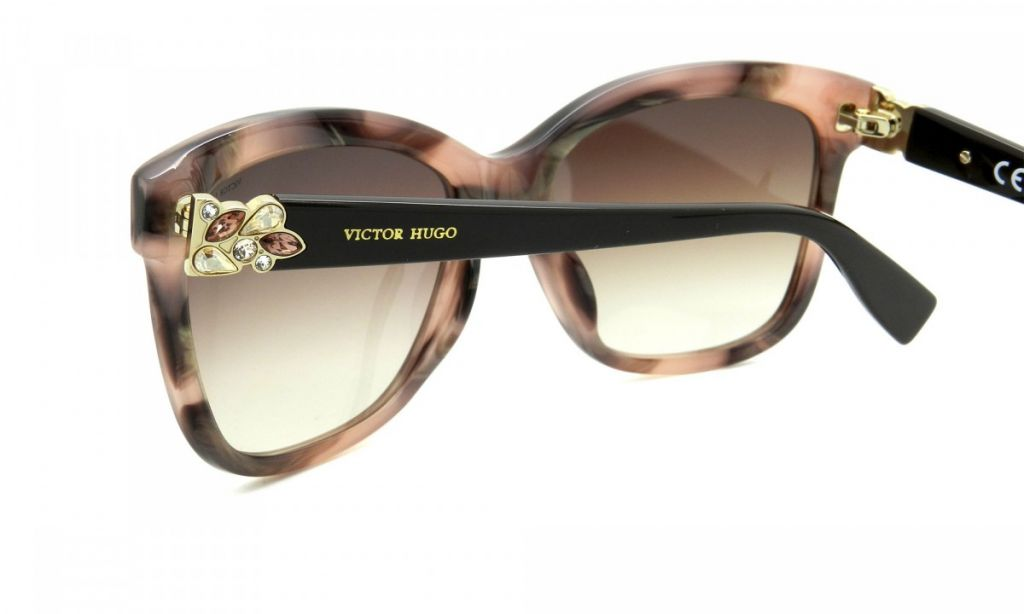 ec0db28b89a8c Victor Hugo Ref  SH1749S 55 0AQQ   Oficina do Óculos   Ótica   Joias ...
